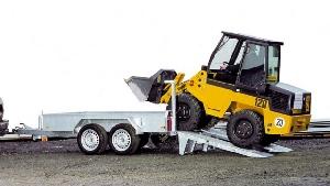 Anhänger 2,7 to Bagger + Gerät-Transportanhänger 3 m mit Auffahrschienen  mieten leihen